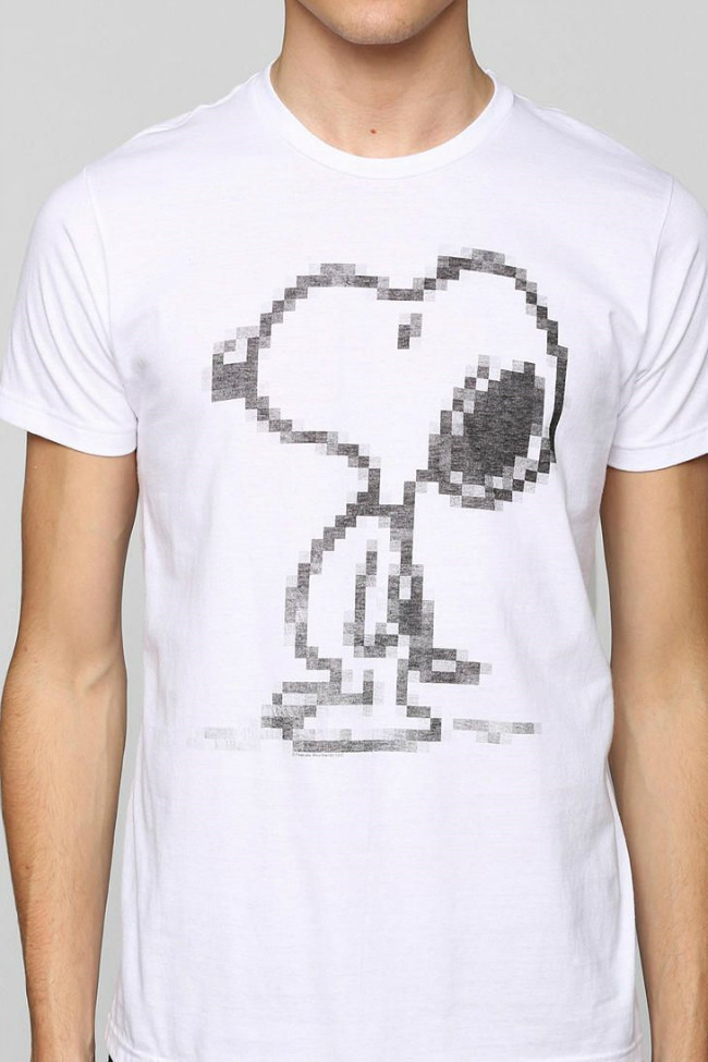 Snoopy T-Shirt design Urban Outfitters